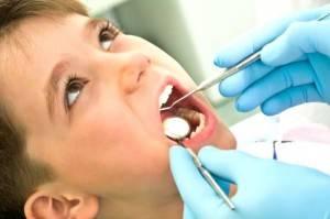 Clínica dental primera visita gratuita Valencia - Dentistas en Valencia