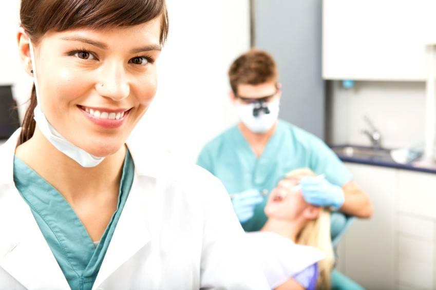 Dentistas Valencia profesionales - Dentistas con experiencia